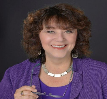 Image of Carol Shwery Capitola California at Professional Organization of Women of Excellence Recognized