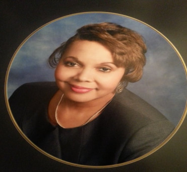 Image of Beverly Williams Florissant Missouri at Professional Organization of Women of Excellence Recognized
